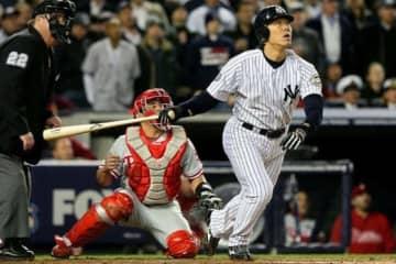 2009年のワールドシリーズでMVPを獲得した当時ヤンキースの松井秀喜氏【写真:Getty Images】
