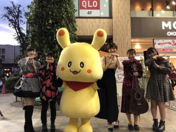 テガちゃんとオーディション参加者たち