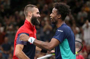 「ATP1000 パリ」でのペール(左)とモンフィス(右)