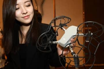 DJI、超小型空撮ドローン「御 Mavic Mini」を発表