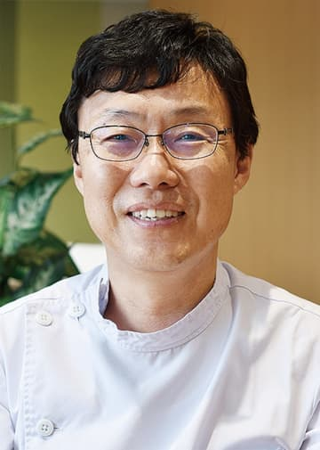インタビューした西川正憲医師