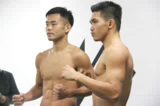 セミメインで対戦する日菜太(左)とラーシーシン(右)は70.0kgジャストで計量をクリアー