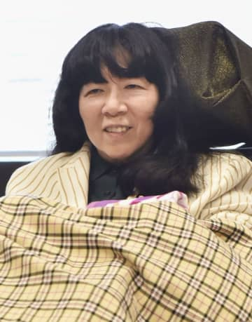 初の質疑を控え、インタビューに応じる木村英子参院議員