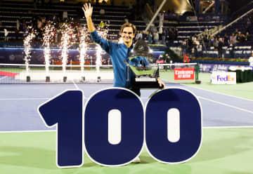 写真は「ATP500 ドバイ」でのフェデラー