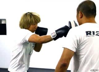 レスリングから転向後は打撃の練習にも力を入れる村田