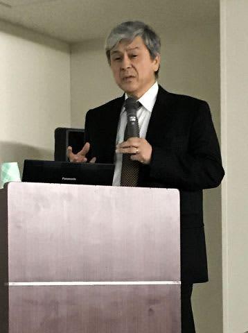 大学入学共通テストの特徴や問われる学力などを説明する藤田修さん