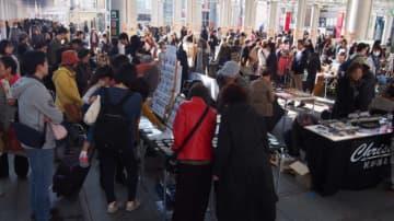 ハンドメイド作品の青空バザール「相模大野アートクラフト」駅周辺3会場で