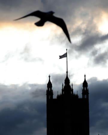 英国の国会議事堂=5日、ロンドン(AP=共同)