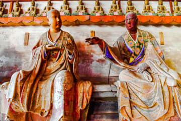 表情豊かな羅漢像に癒されよう 悠久の歴史誇る霊岩寺をゆく 山東省
