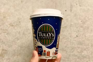 タリーズ冬の新作ドリンク デザートに飲みたいティラミスとピーチメルバ タリーズの冬新作ドリンクは、ティラミスとピーチメルバをイメージ