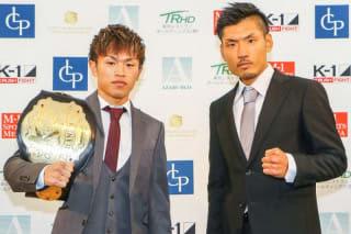計量パスした王者・晃貴(左)「無理矢理にでも打ち合う」挑戦者・佐々木(右)は「いつも通りに」(C)M-1 Sports Media