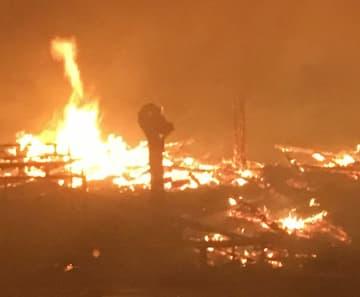 那覇市消防局が撮影した首里城の様子