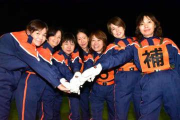 全国女性消防操法大会に出場する小林市消防団女性部の選手たち