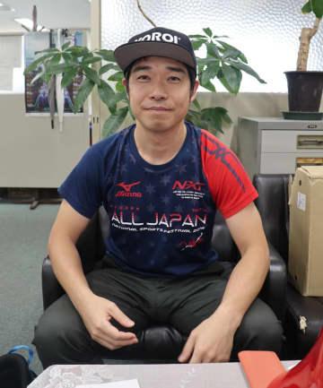 5シーズン目の挑戦で、W杯総合優勝を目指す八並さん=長崎新聞社