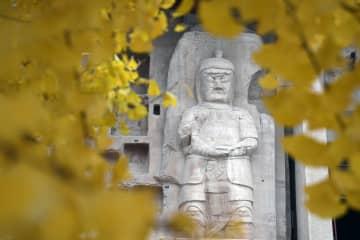 貴重な石窟を守る 定期的検査で北石窟寺を保護 甘粛省