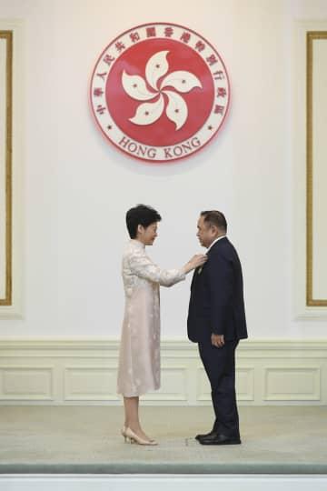 林鄭行政長官、香港の2019年度勲章授与式を主宰