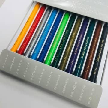 ぎん、まる、にっ、とう…。各線の色に「とんねる」まで、東京メトロこだわりのクーピー