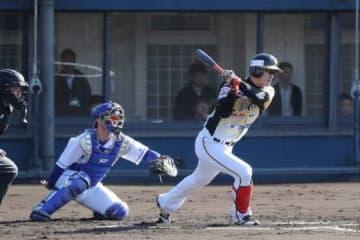 【トライアウト】元阪神西岡、NPB復帰へアピールならず 4打数無安打2三振で終える