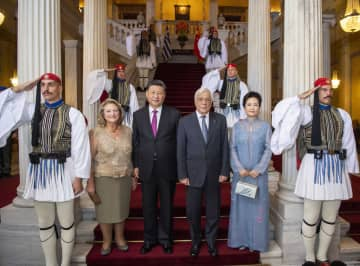 習近平主席、ギリシャ大統領主催の歓迎宴に出席