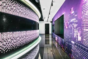 マイクロソフトが12日に開設したエクスペリエンス・センターの内観(同社提供)