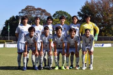 今季リーグ戦最終節のINAC神戸レオネッサ先発メンバー(写真:井上智博)