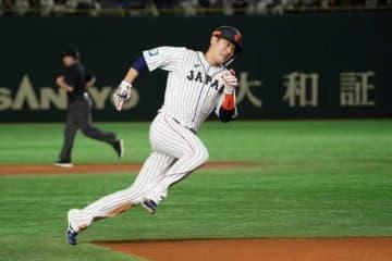 3安打と活躍した侍ジャパンの巨人・坂本勇人【写真:荒川祐史】