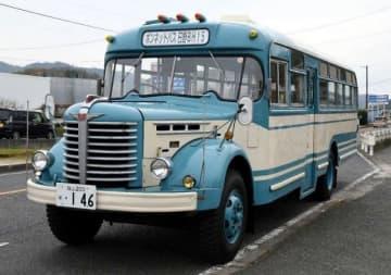 市電まつりで試乗できる昭和期のボンネットバス