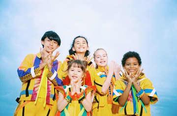 米津玄師さんプロデュース「パプリカ」に英語版完成 歌うのは英語ネイティブ子ども5人組「Foorin team E」 19日「ABUフェス」で初歌唱、NHK紅白ではFoorinと共演へ
