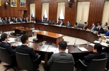 14日の参院経済産業委。案里氏の姿はなかった