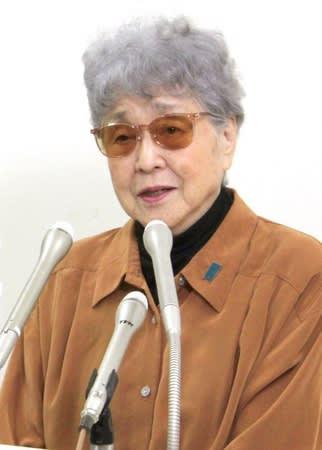 拉致されてから42年となる横田めぐみさんへの思いや拉致問題の早期解決を訴える母早紀江さん=14日、川崎市