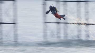 ジェットスーツによる世界最速に挑戦 イギリス