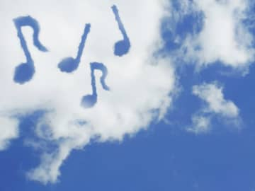 川崎・浅田こども文化センターでビニール凧づくり 新春お楽しみ大会であげましょう!