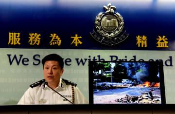 香港警察、暴徒の行為はテロにまた一歩近づいたと非難