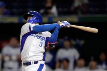 5回に適時打を放った韓国代表のミン・ビョンホン【写真:Getty Images】