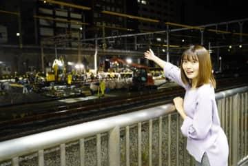 品川駅6番線ホームより工事の様子を眺める柏原