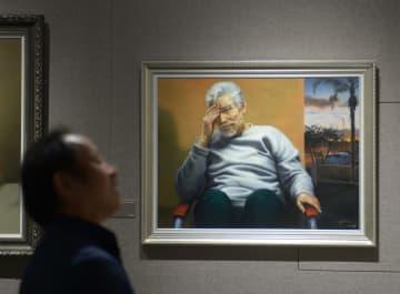 在米中国人画家の写実絵画合同展が開催、湖南省長沙市