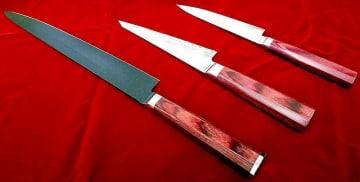 木村拓哉さんが演じるドラマ主役のシェフが使用している高村刃物製作所の包丁3本