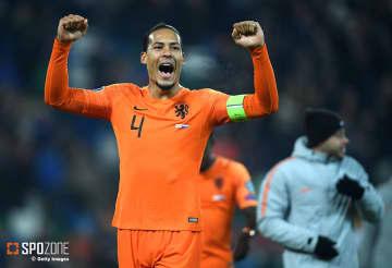 オランダが直接対決で北アイルランドを上回り予選突破決定