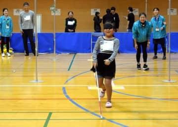 年齢、国籍超えて新スポーツ 福岡市で「10m10s」