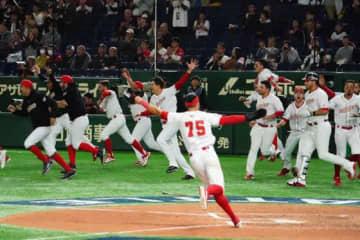 メキシコがアメリカを破って初の五輪出場権を獲得した【写真:荒川祐史】