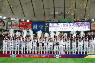 侍ジャパン、世界一に プレミア12決勝で韓国破る