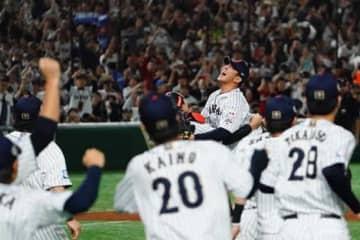 侍ジャパンが5-3で韓国に勝利し「プレミア12」初優勝【写真:荒川祐史】