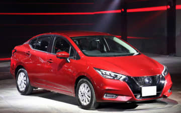 日産自動車は、アジア・オセアニア地域で初めて発売した「アルメーラ」の新型モデル=14日、タイ・バンコク(NNA撮影)