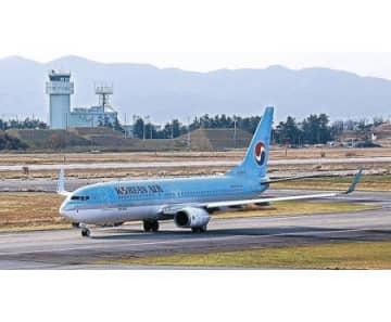 小松−ソウル便が再開 7週間ぶり、搭乗率7割