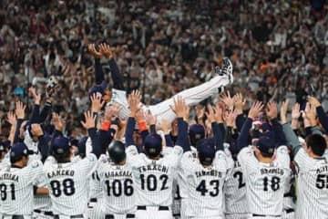 侍ジャパンは韓国に勝利し「プレミア12」初優勝【写真:荒川祐史】
