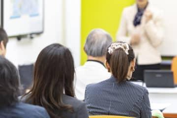 横浜・南区で認知症普及啓発講演会 介護施設経営者が語る認知症との向き合い方