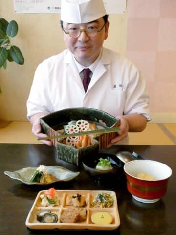 魯山人写しの器に、林田さんが「星岡茶寮」の料理を再現して盛り付けた特別会席の一部(甲賀市信楽町長野・魚仙)