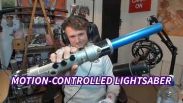 『Star Wars ジェダイ:フォールン・オーダー』をライトセーバーで操作するストリーマー現る