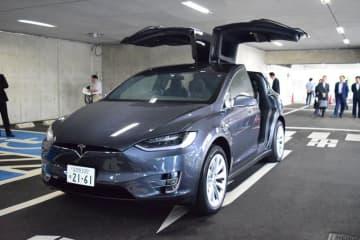 市川市がリース契約を解除したテスラSUVタイプ「モデルX」