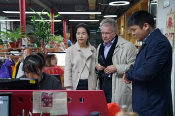 中国内外シンクタンクの専門家、中国ガバナンスについて研究
